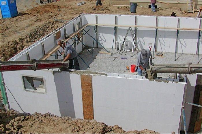 Преимущества и недостатки несъемной бетонной опалубки