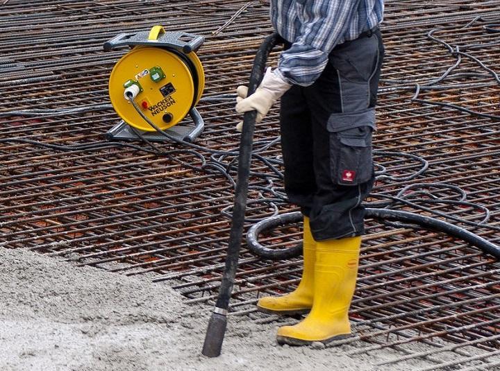 Вибратор для бетона Wacker Neuson серии HMS